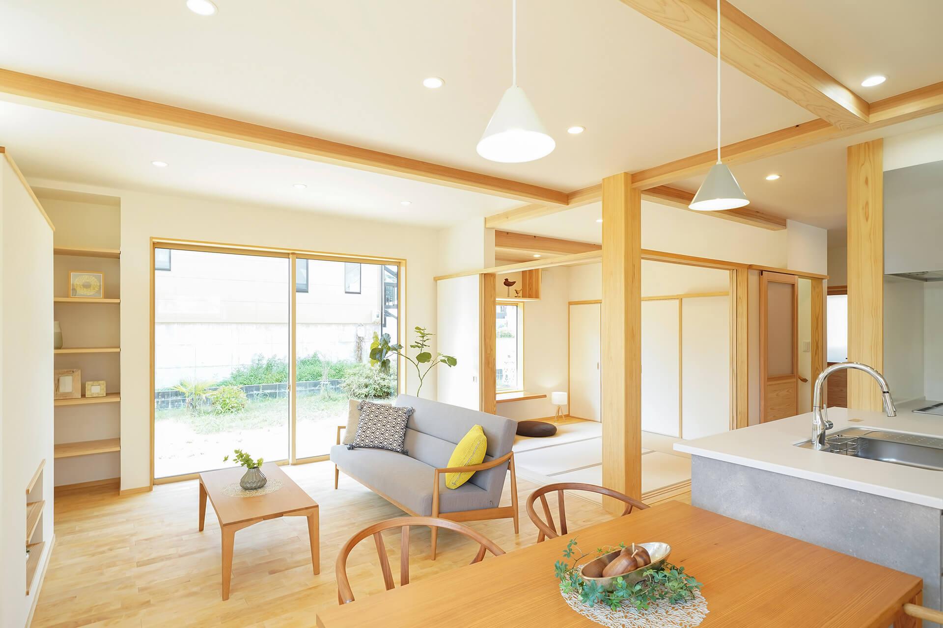 共働き夫婦の自然素材の家