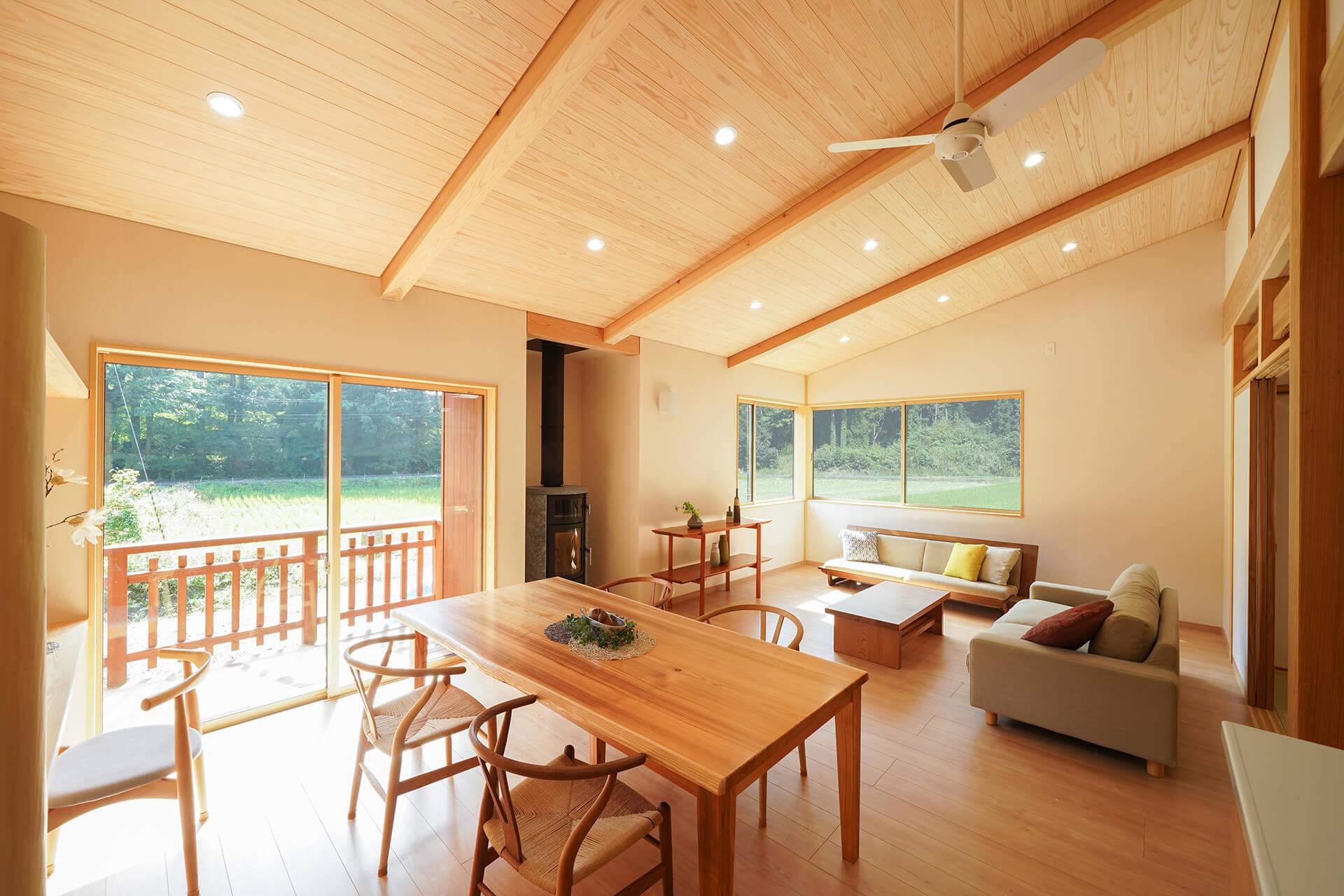 三世代家族が心地よく暮らす、バリアフリーの平屋